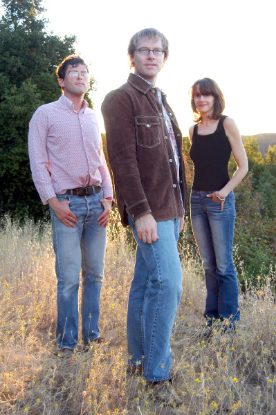 CIRCLING THE SUN, 2005 (L-R): Oed Ronne, Allen Clapp and Jill Pries. Photo by Oed Ronne.